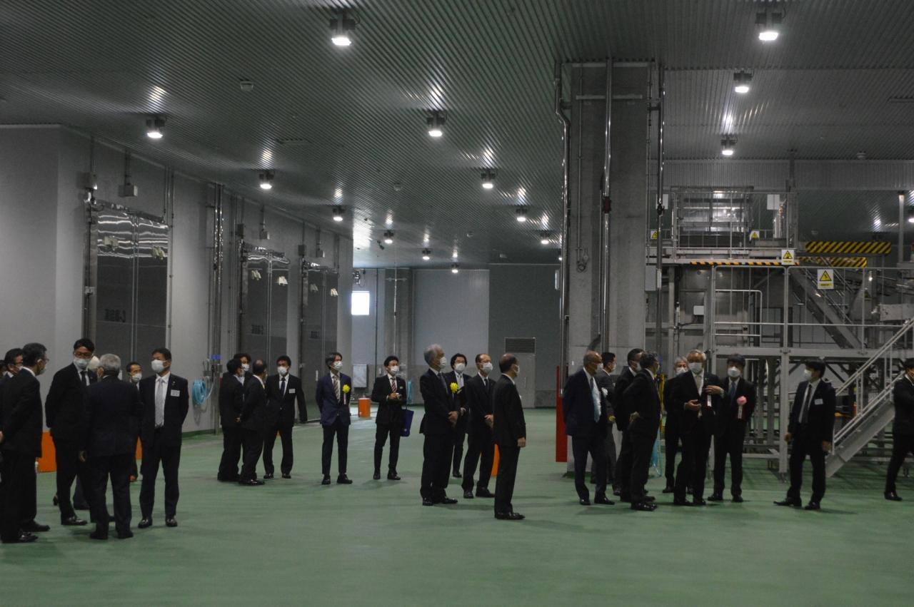 完成したヨコレイ新施設の内部